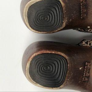 Vintage Shoes - Vintage MUDD animal print clog